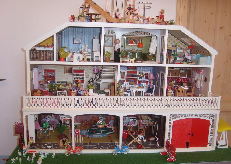 spielzeugausstellung lundby stockholm puppenhaus. Black Bedroom Furniture Sets. Home Design Ideas
